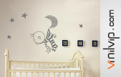Diferencias entre vinilos decorativos infantiles o for Pegatinas para habitacion de bebe